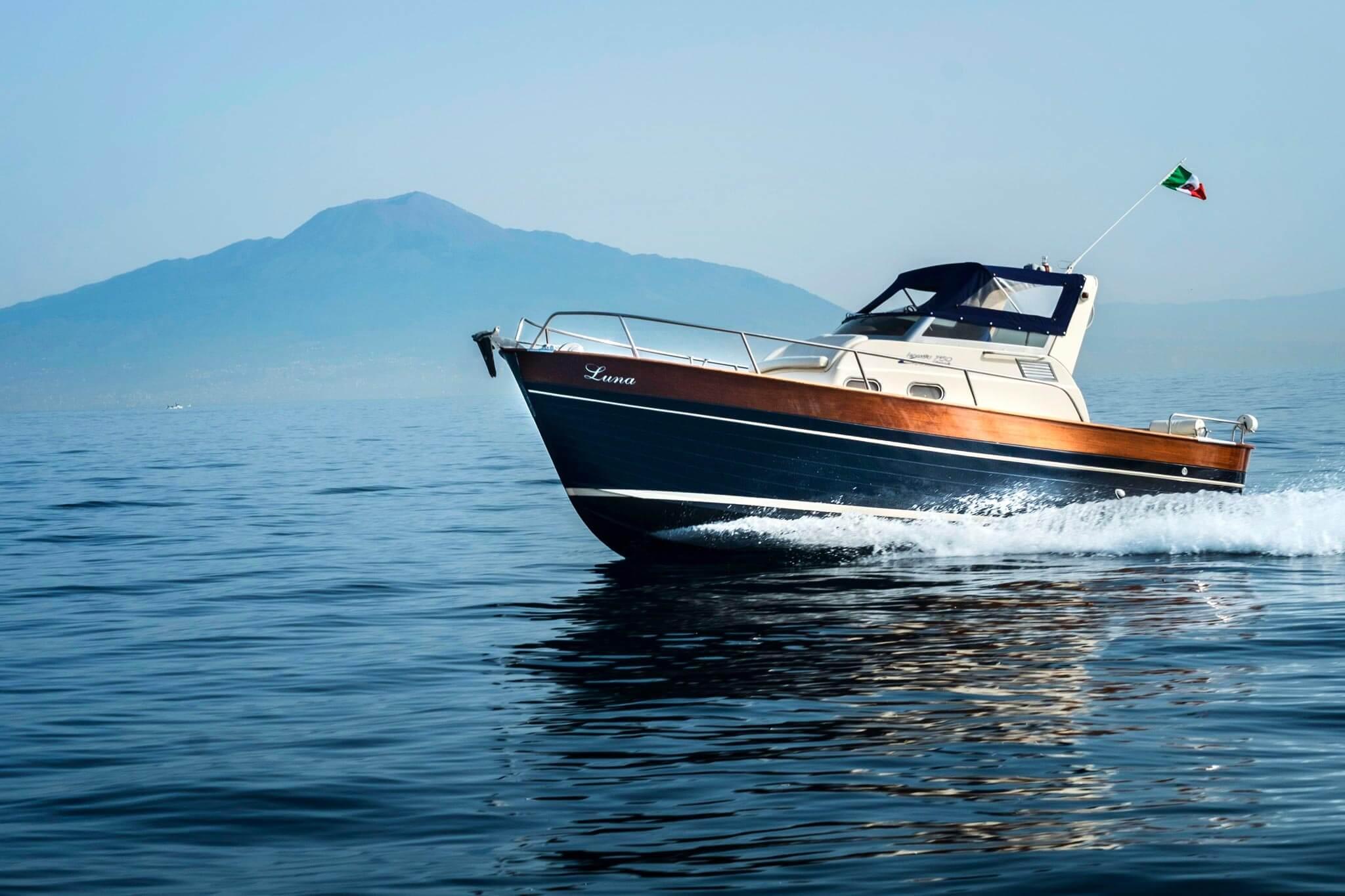Approdo boat excursion - Luna