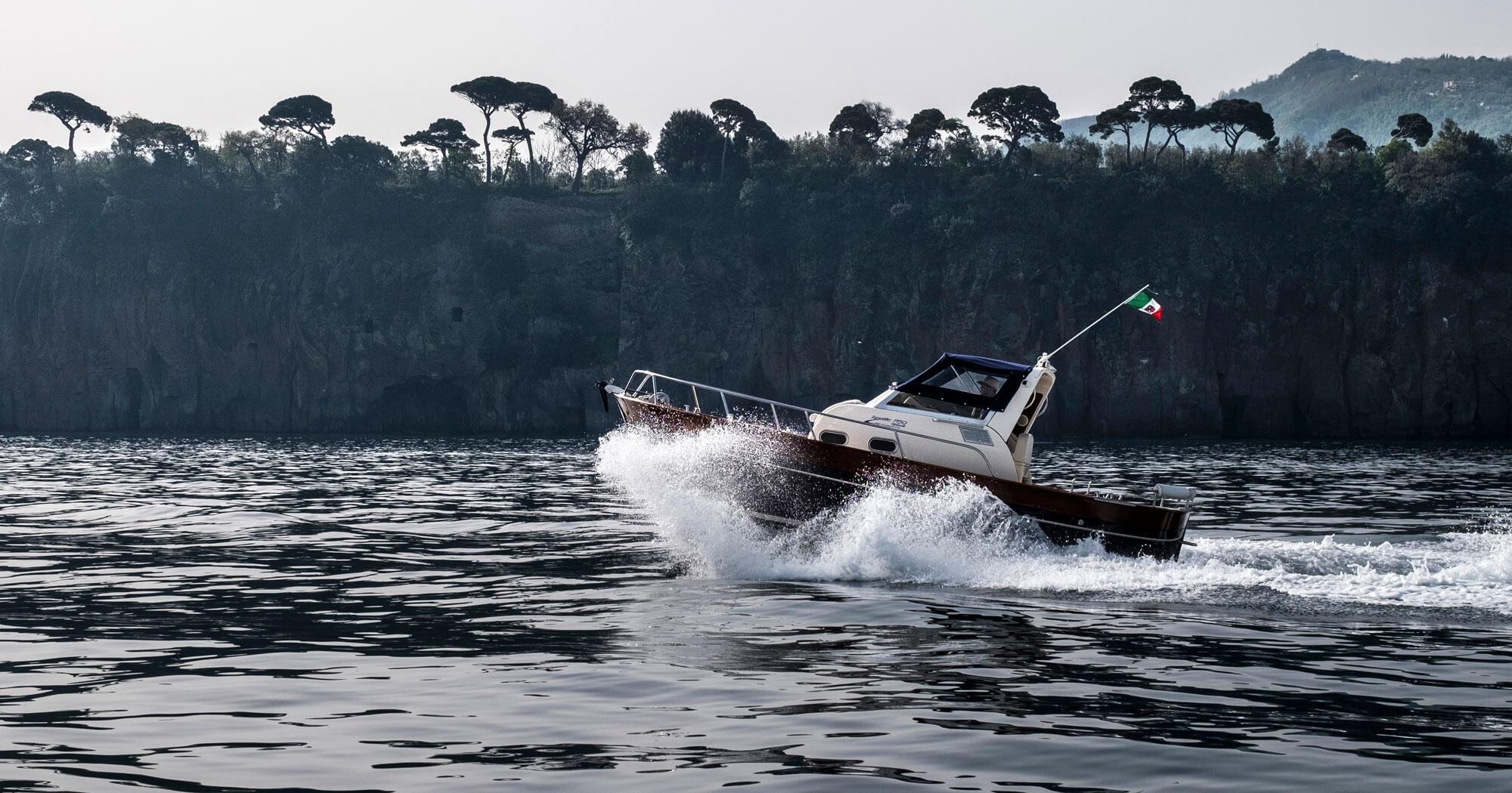 Approdo boat private excursion
