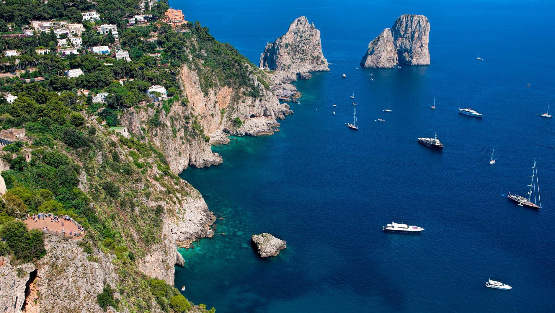Capri boat excursions